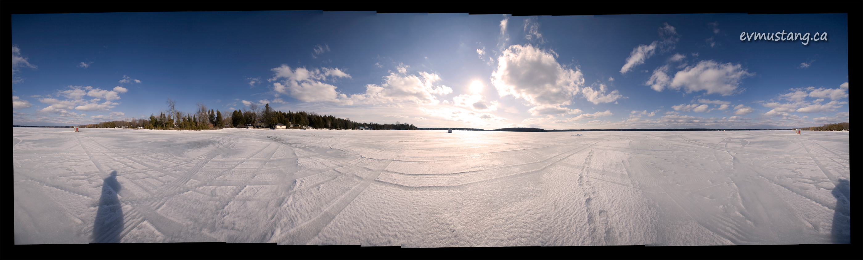 panroamic image of Curve Lake in February