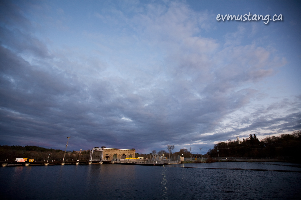 image of spring clouds at sunset over the London St dam