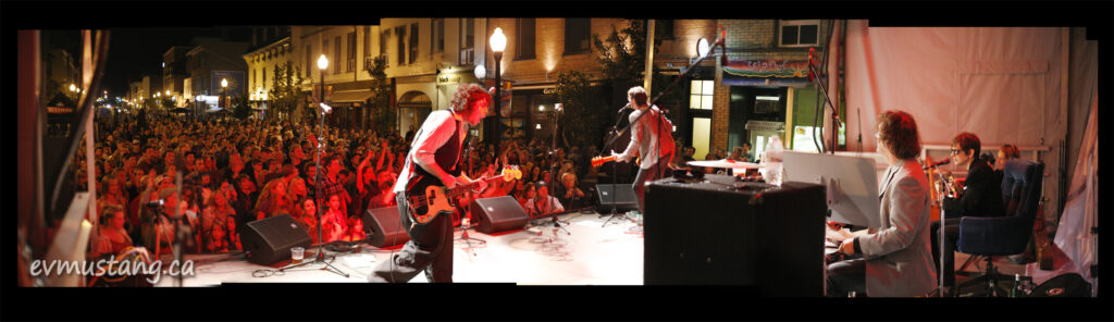 image of the spades on stage for perhaps the last time t the hunter street hootenanny 2013