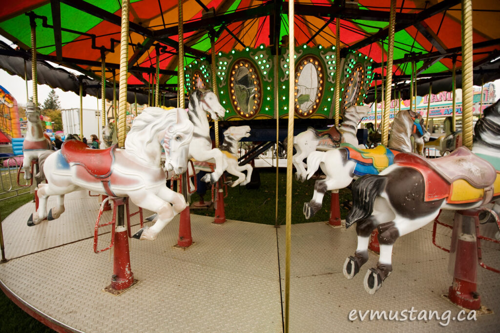01_merry_go_round
